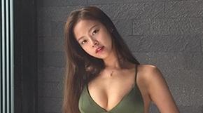 <strong>역대급 몸매로 온라인 초토화 시킨 모델</strong>