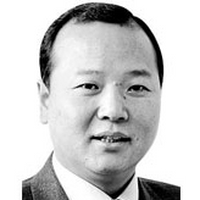 [사설] 맹탕·퍼주기 총선 공약,국가위기 극복하겠나