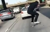 미국 청소년들, 고속도로 위에서 '정신 나간' 도전