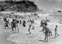 50년 전 해수욕장 패션은?한국 반세기 여름풍경