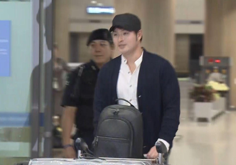 """조기 귀국한 박병호""""올시즌 아쉽다. 내년에 다시…"""""""