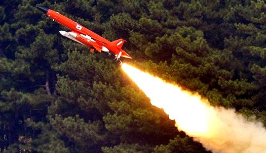 불 뿜는  패트리어트 미사일