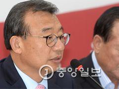 """이정현 """"우병우 수석 교체, 박  대통령께 건의했지만···"""""""