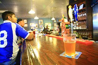 전설과 맥주가 있는 파라다이스, 괌