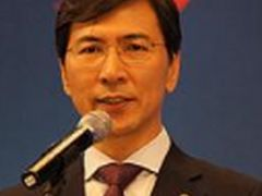 """'광장 정치' 비판 목소리···""""선동·아스팔트 정치 중단을"""""""