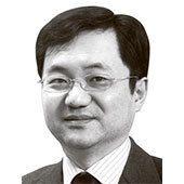 홍승일 논설위원
