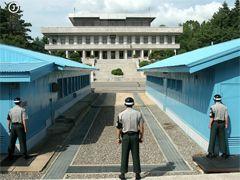 김정숙 여사, 민주당 女의원들과 오찬···탁현민 언급은