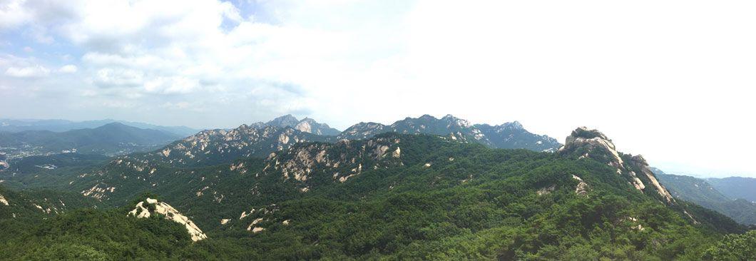 산세 웅장하고 서울 시내를 한 눈에 조망하는 산중의 산