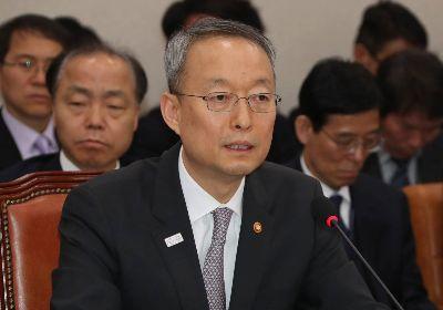 """백운규, """"GM과의 만남 일정 조율 중""""...기재부도 면담 채비"""