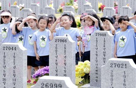 연간 290만명 찾는  국립대전현충원 가보니
