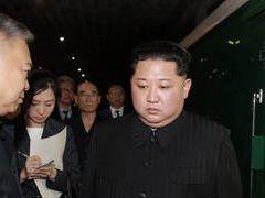 '어벤져스3' 오역 논란···번역가 퇴출 靑 청원까지 올라