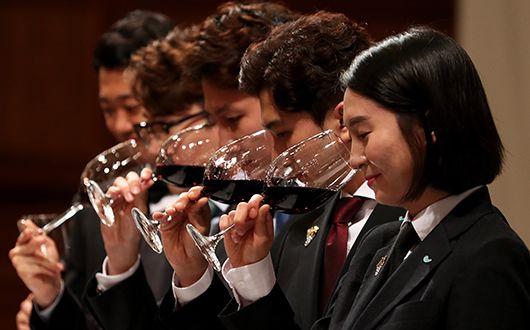 한국 최고의 와인 소믈리에는?