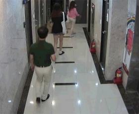 CCTV 속 인물, 음란행위 5차례