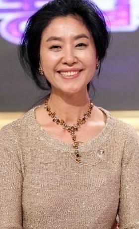 김부선, 반상회에서 폭행 논란