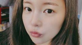 <strong>홍진영, 깜짝 민낯 공개 '화제'</strong>