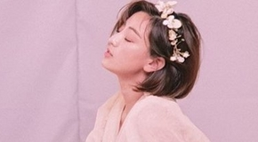 <strong>트와이스 지효, 화보 촬영 중 몽환적 느낌</strong>