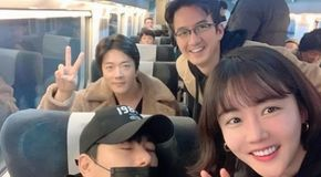 <strong>황우슬혜X권상우X정준호, 화기애애 셀카</strong>