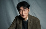 """황동혁 감독 """"제작하면서 이가 6개나 빠져"""""""
