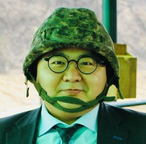 중앙일보 기자군사안보연구소 연구위원