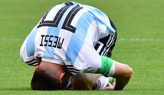 '굿바이, 메시!' 그는 축구의 신이 아니었다.