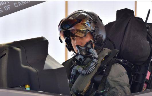 [서소문사진관]하늘을 지배하는 스페인 공군기의 에어쇼