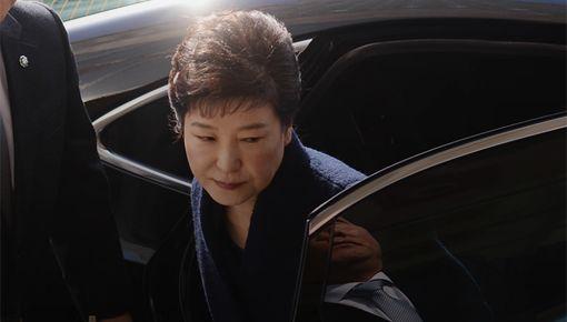 징역 33년, 박근혜의 522일
