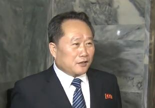[11초 뉴스] 남측 기자 앞에서 거침없는 이선권