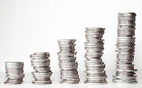 [톡톡에듀]한국 교사 임금, OECD와 비교해봤더니...