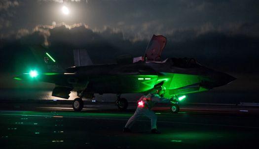 영국, F-35 스텔스 전폭기 첫 야간 비행 성공