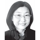 [사설] '씨족사회'로 전락한 2018년 대한민국