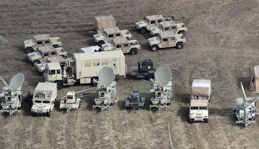 """""""침략을 막아라"""", 멕시코 국경에 군대 배치"""