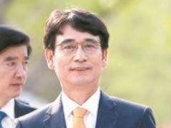 """""""北, 최태원·이재용에 유독 관심···대북지원 변화 필요"""""""