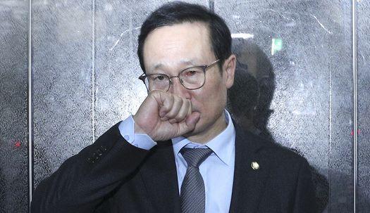 국회 정상화 실패.. 눈 실핏줄 터진 홍영표