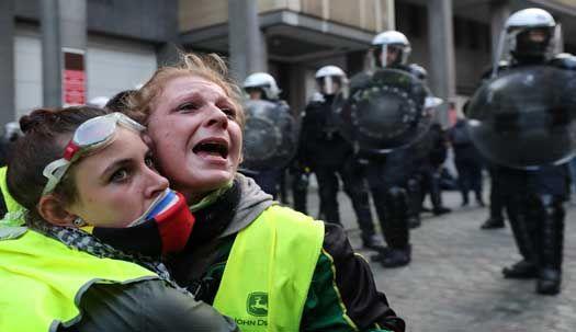 [서소문사진관]'노란 조끼' 시위, 전 유럽으로 번지나?