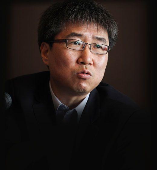 """""""역대 최장 민정수석은 文내가 그 기록을 깨면 불충"""""""