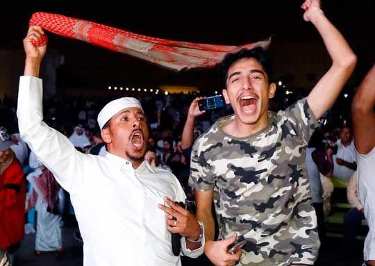 관중 입국 금지. 외로운 싸움서 승리한 카타르