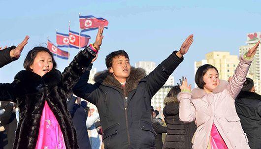 김정일 생일 광명성절 맞은 평양 모습