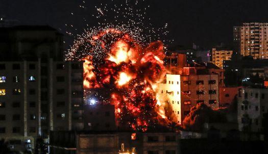 이스라엘 아이언 돔 뚫은 하마스 로켓포