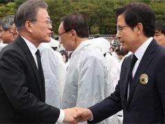"""文정부 식량지원 결정 이틀뒤···北 """"원조는 약탈 수단"""""""