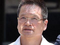 한미정상 통화, '강효상 고교후배' 대사관 직원이 유출
