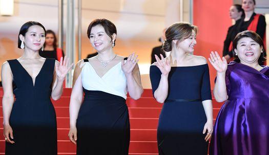 '기생충' 봉준호 감독과 송강호·조여정 칸 입성
