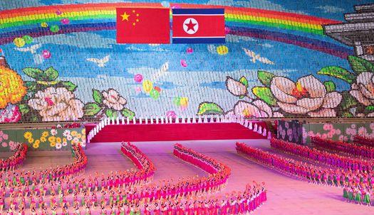 10만시민과 체조관람, 황제 예우 시진핑 주석