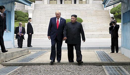 66년만에 북미정상 판문점에서 만나…김정은과 트럼프의 세번째 만남