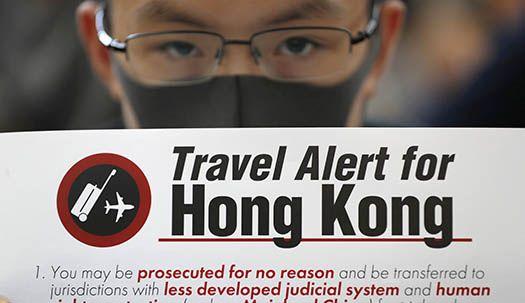 홍콩 시위대, 공항 연좌농성 11일까지