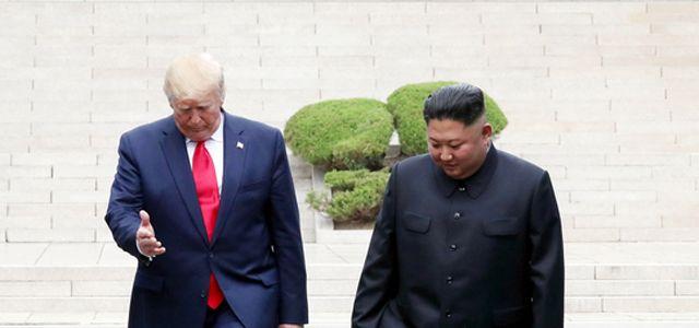 """김정은, 트럼프에 비밀친서""""평양 오라···3차 회담 하자"""""""