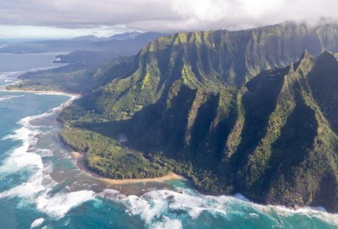 '쥬라기 공원'의 현장, 하와이의 가장 깊은 속살을 걷다