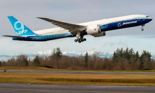 트윈 엔진, 세계 최대 여객기 777X 날다!