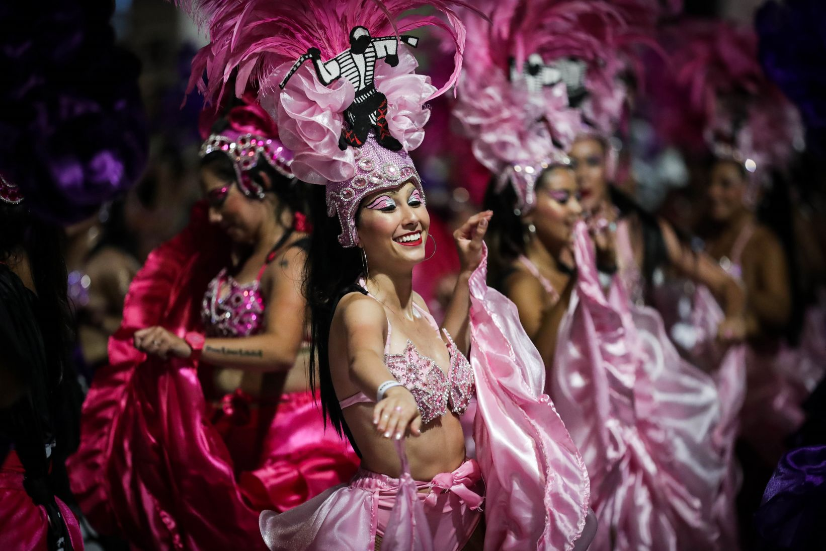 신종코로나도 두렵지 않아요. 카니발 축제로 들썩이는 지구촌