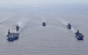 美 핵항모서 3명 확진···그래도 中보란듯 남중국해 훈련 강행