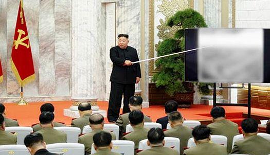 공개활동 나선 김정은, 중앙군사위 열고 핵전쟁 억제력 강화방한 논의